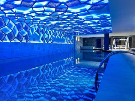 Swimming pool Metropol Palace, a Luxury Collection Hotel, Belgrade