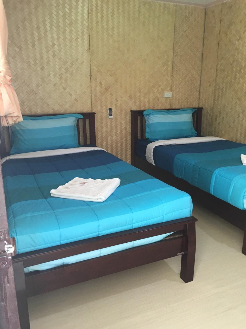 Garden Bungalow Twin Beds