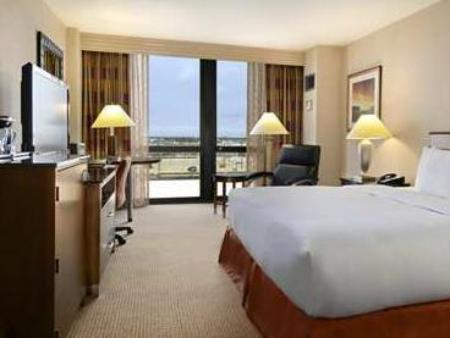 1 Double Bed Hilton Chicago O'Hare Airport