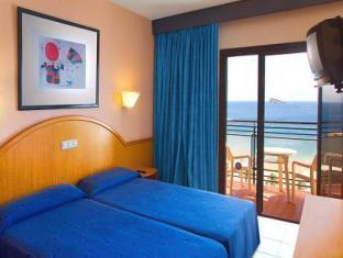Twin eller dobbeltrom med havutsikt (Double or Twin Room with Sea View)