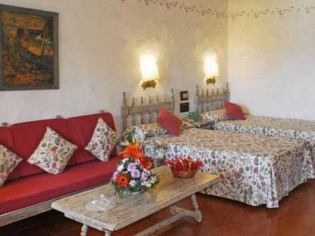 Double or Twin Room - Guestroom Parque Tropical