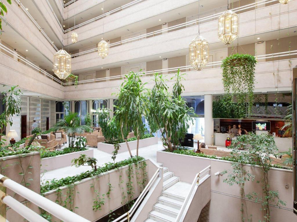 Hotel granada center in spain room deals photos reviews - Hotel los angeles en granada ...