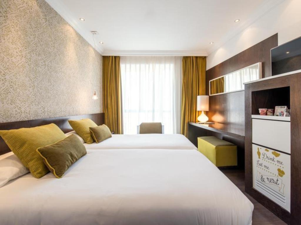 Hotel Vincci Centrum, Madrid, Spain - Booking.com