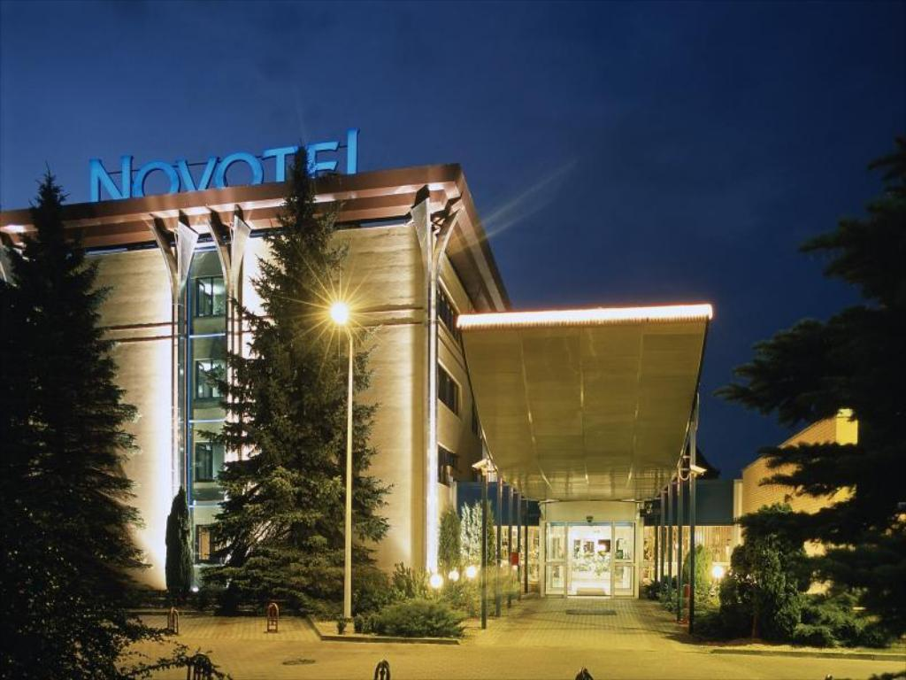 More about Novotel Gdansk Centrum