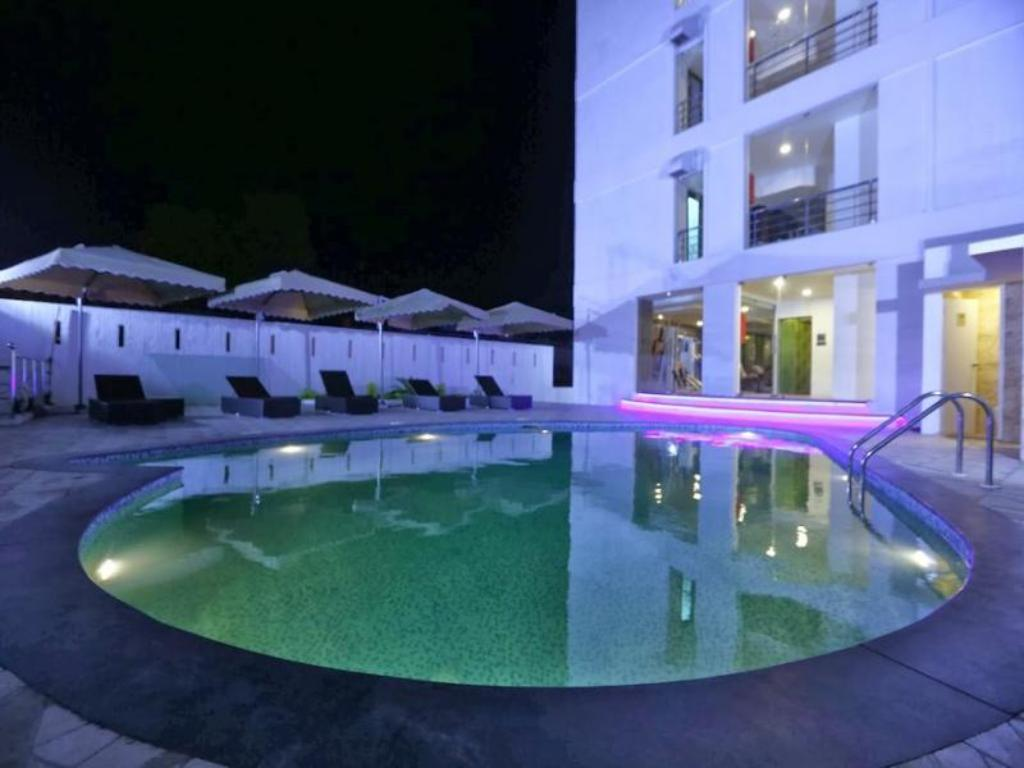 Piscina Million Day Mayiladuthurai Hotel