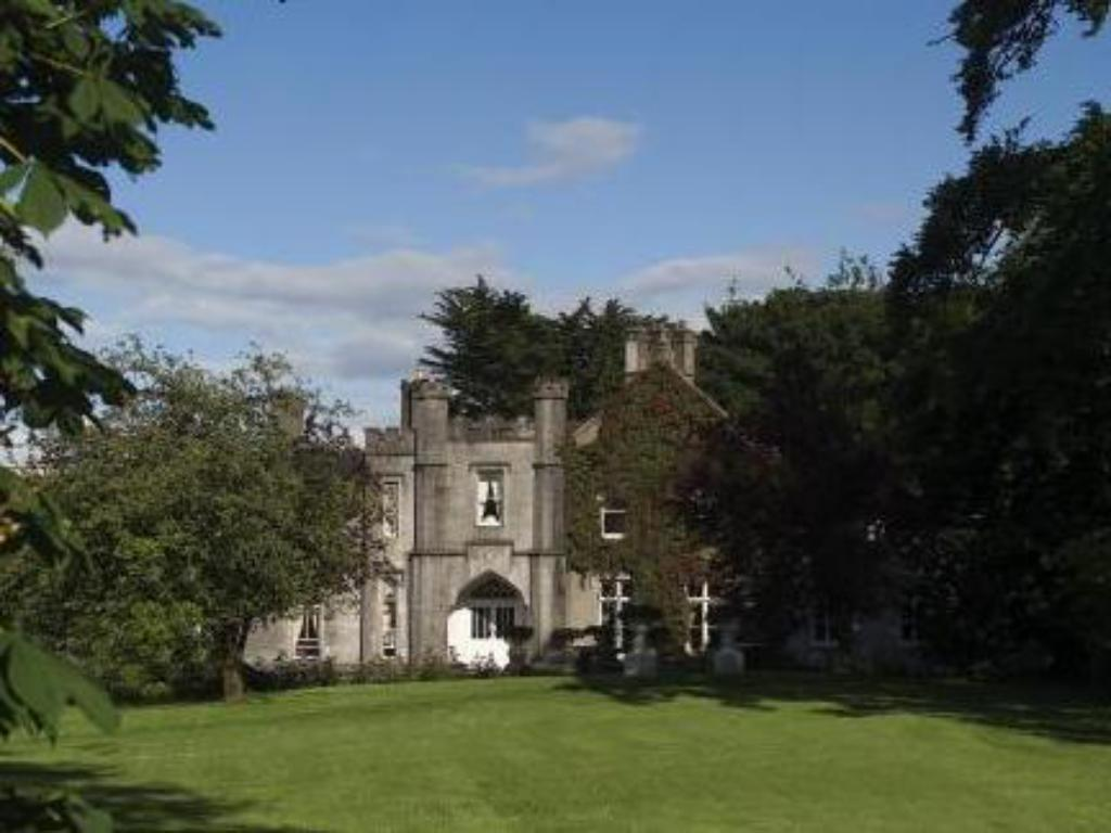 More about Abbey Hotel Roscommon