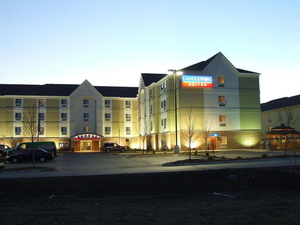 More about Candlewood Suites Bloomington