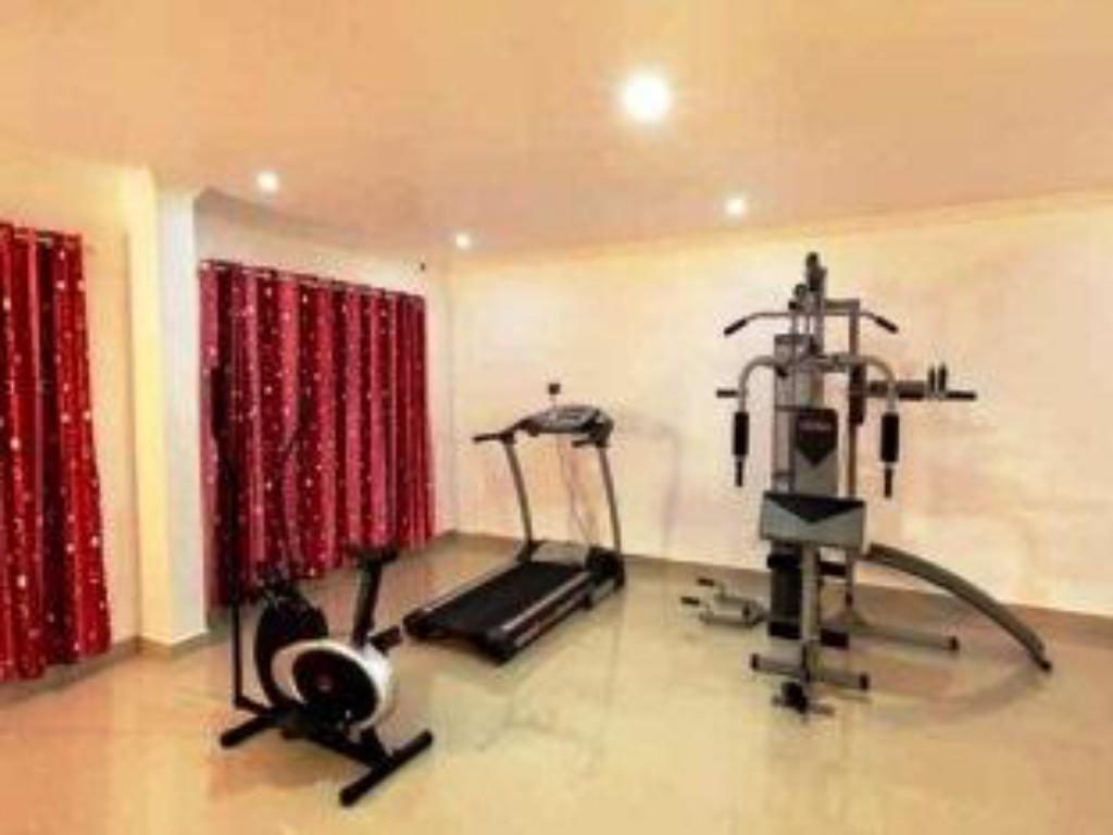 Fitness centar Holiday Hill Hotel And Suites