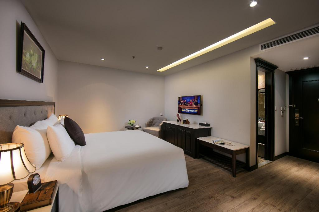 Superior King Room - Bed Sen Grand Hotel & Spa managed by Sen Group