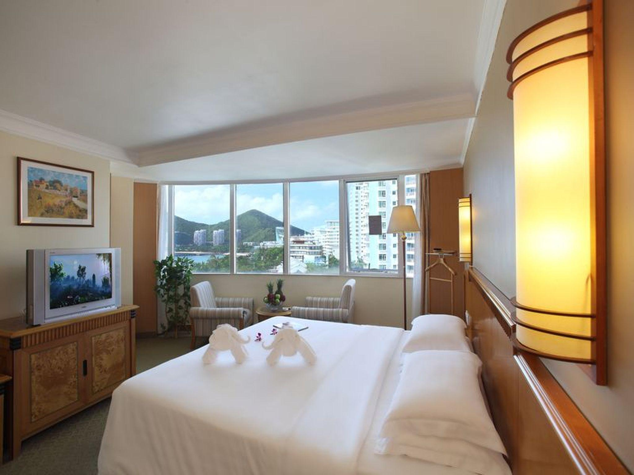 Deluxe Sea View Executive Suite