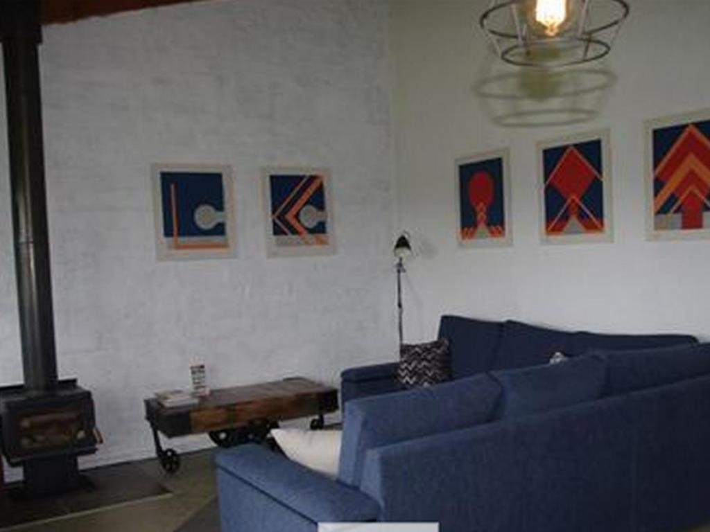 Interior view Art of Linden Gate Cottages