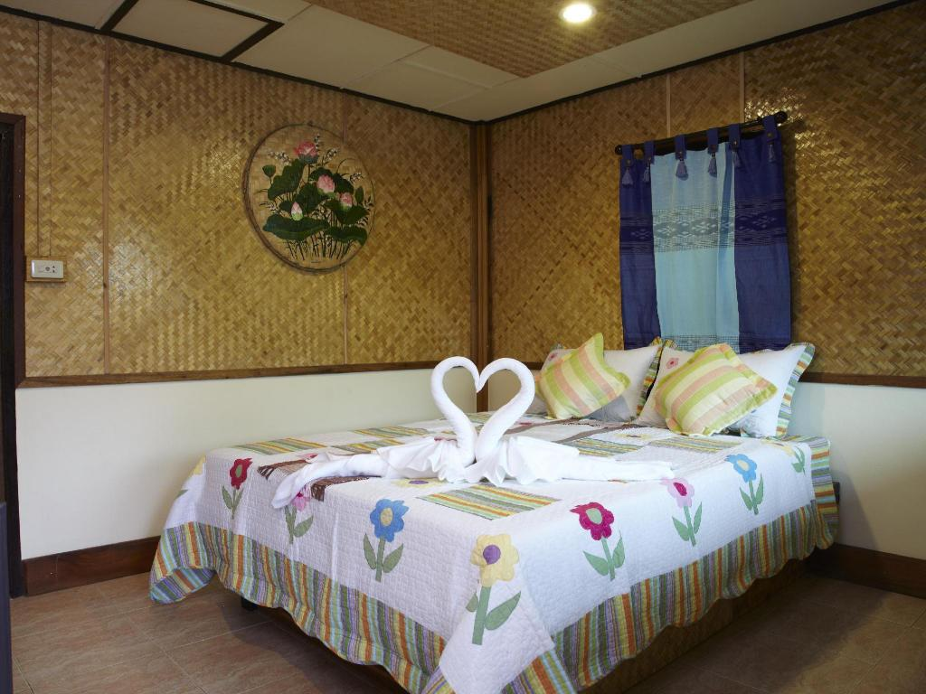 Standard Double or Twin - Bed 360 Tanawasin Resort and Spa