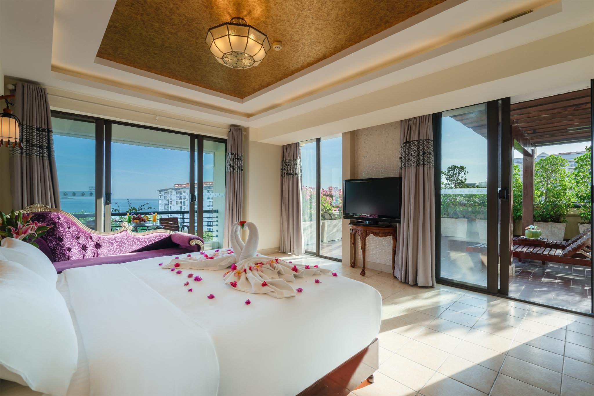 Premier Sea View Room