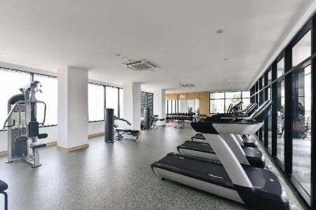 Fitness center Suasana Private Suites by SubHome