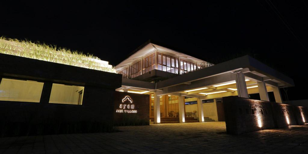 Ayom Java Village in Solo (Surakarta) - Room Deals, Photos & Reviews