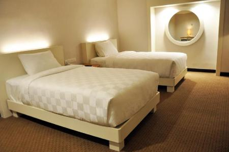 Superior Twin Bed with Breakast Beverly Hotel Batam