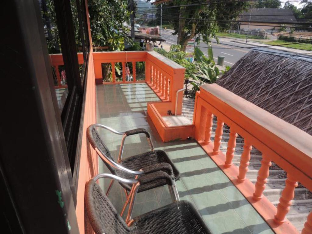 Balcony/terrace Khao Lak Highway Inn