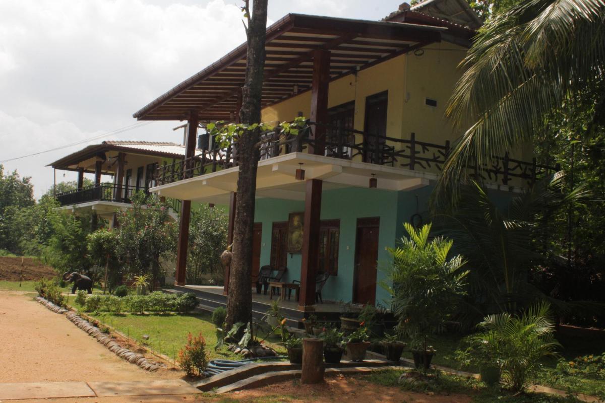 darshani lodge in sigiriya - room deals, photos & reviews