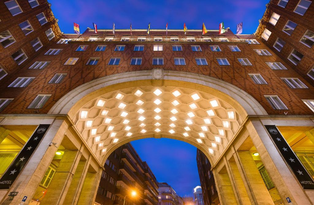 More about Arcadia Hotel Budapest