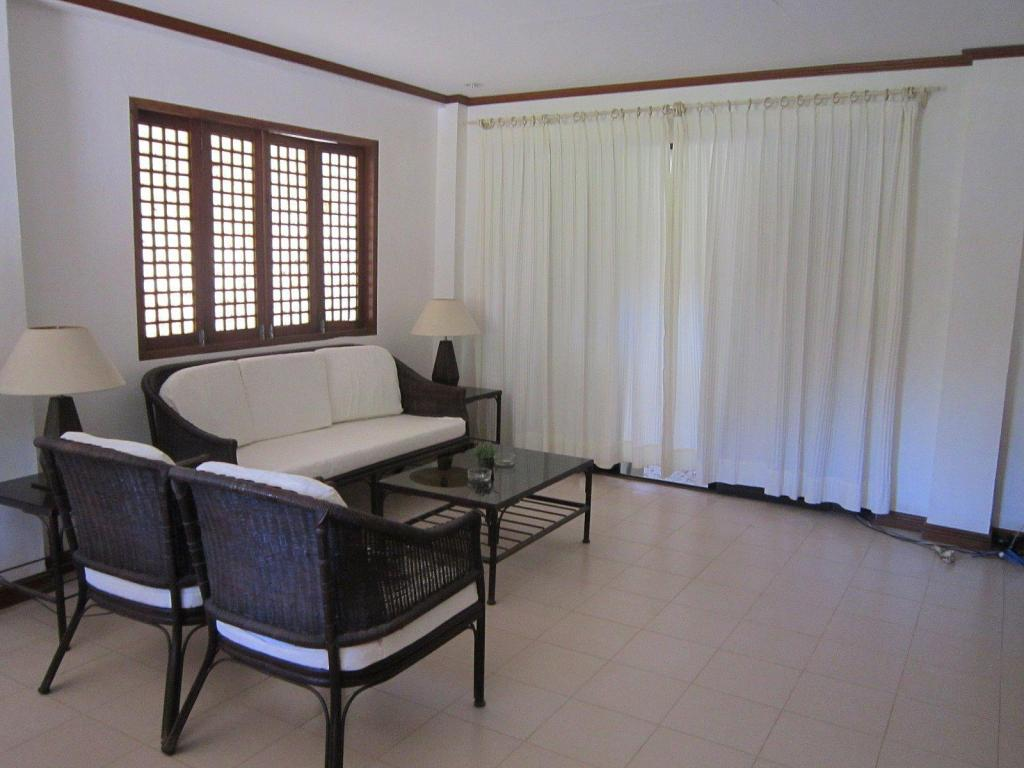 Vista Interior Sheridan Villas Boracay - Station 1