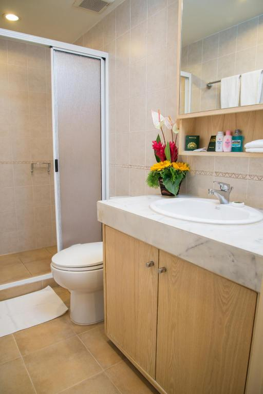 Baño Tarntawan Apartment (Tarntawan Place Apartments)