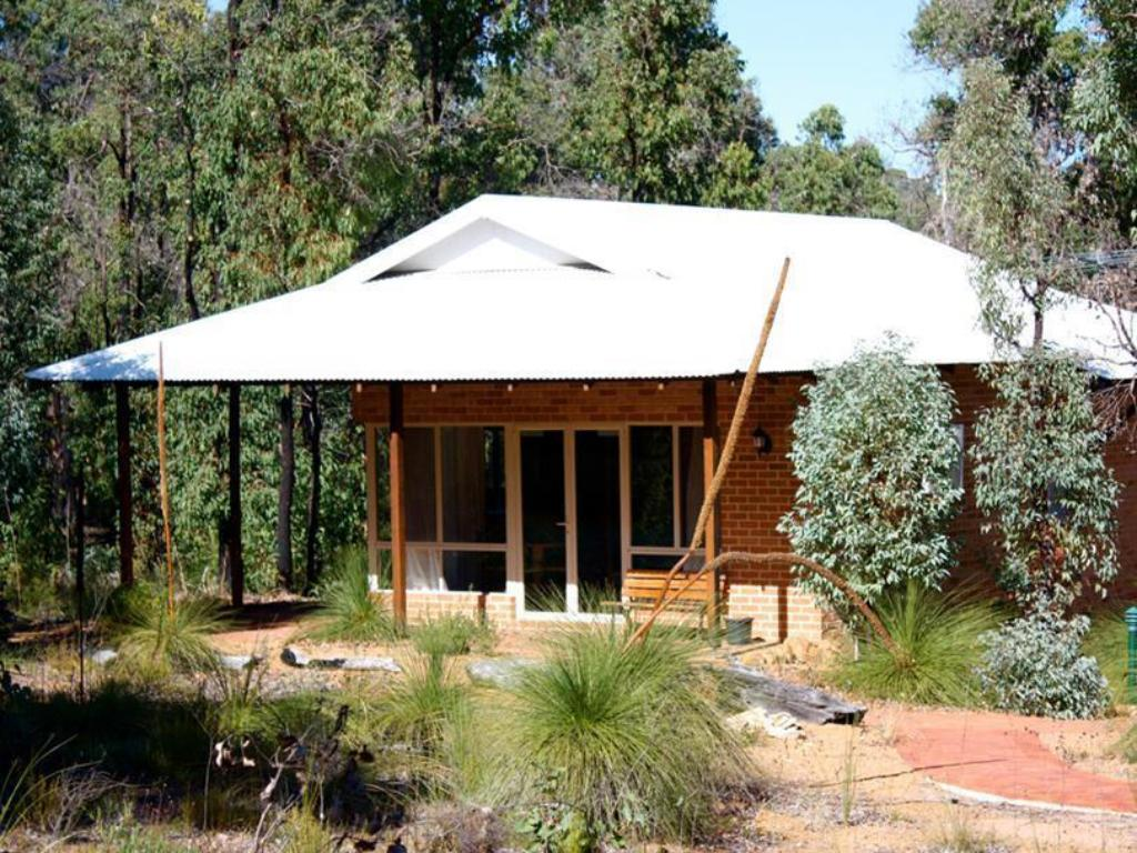 More about Chalets on Stoneville