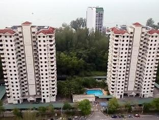 Ferringhi Delima Condo At Batu Ferringhi