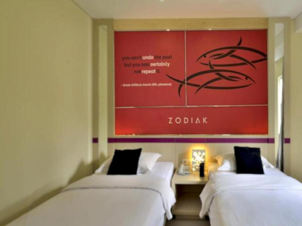 Superior Twin - Bed Zodiak Hotel at Kebon Kawung