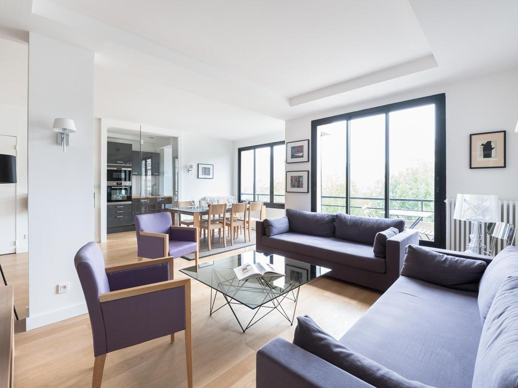 2 Bedroom Trocadero by onefinestay