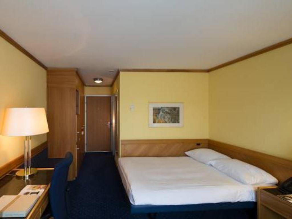 Classic Single Room - Guestroom Stay @ Zurich Airport