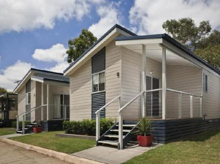 2 Bedroom Deluxe Ingenia Holidays Nepean River