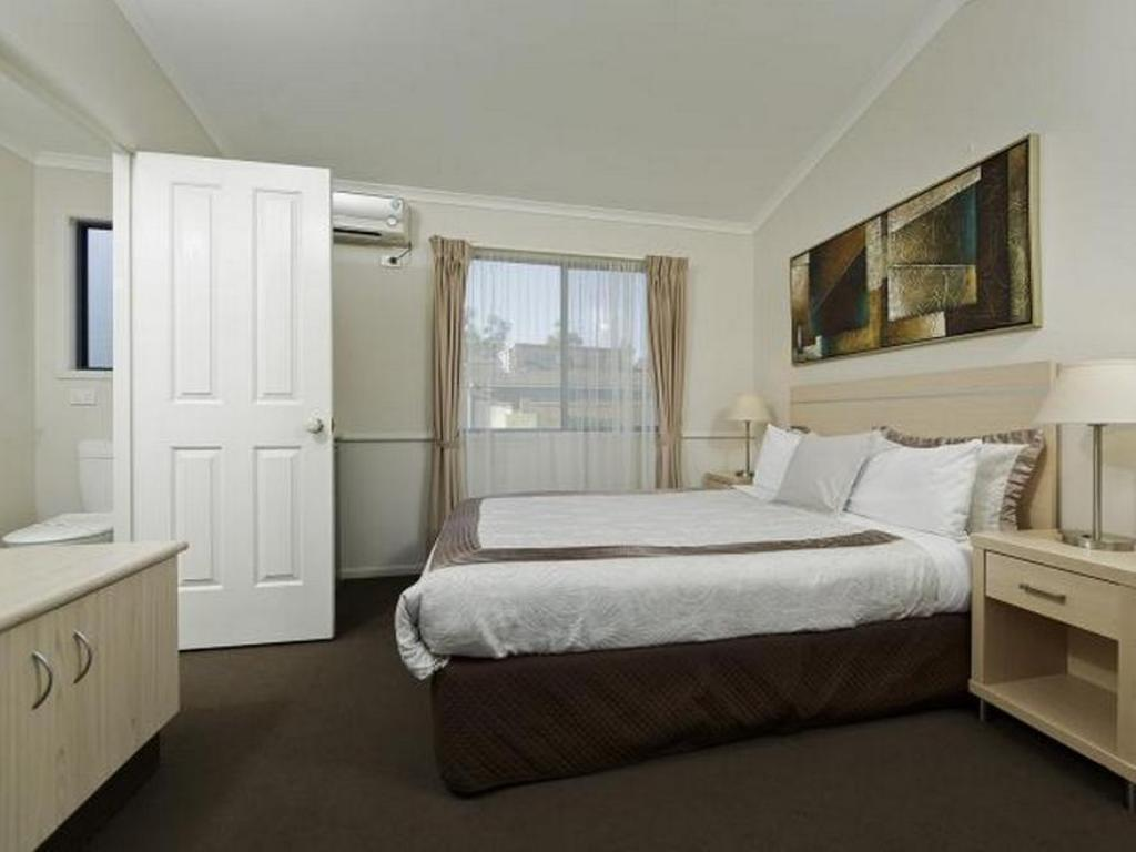 Studio A Ingenia Holidays Nepean River