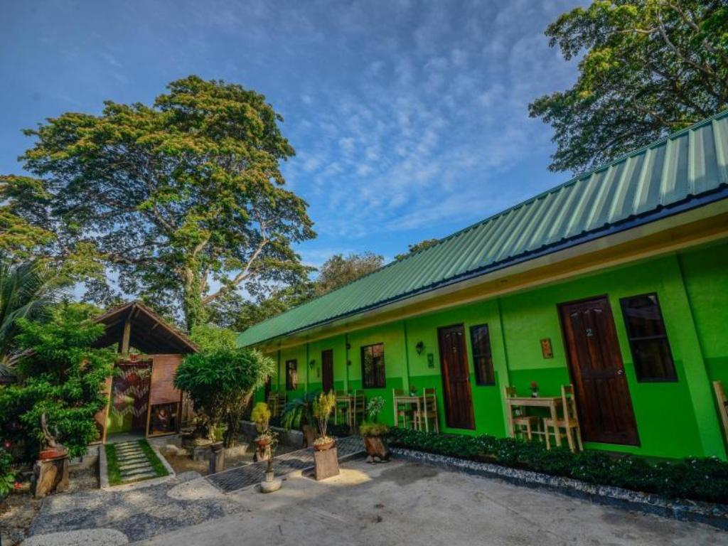 Vista exterior Butterfly Totem Pensión (Butterfly Totem Guesthouse)