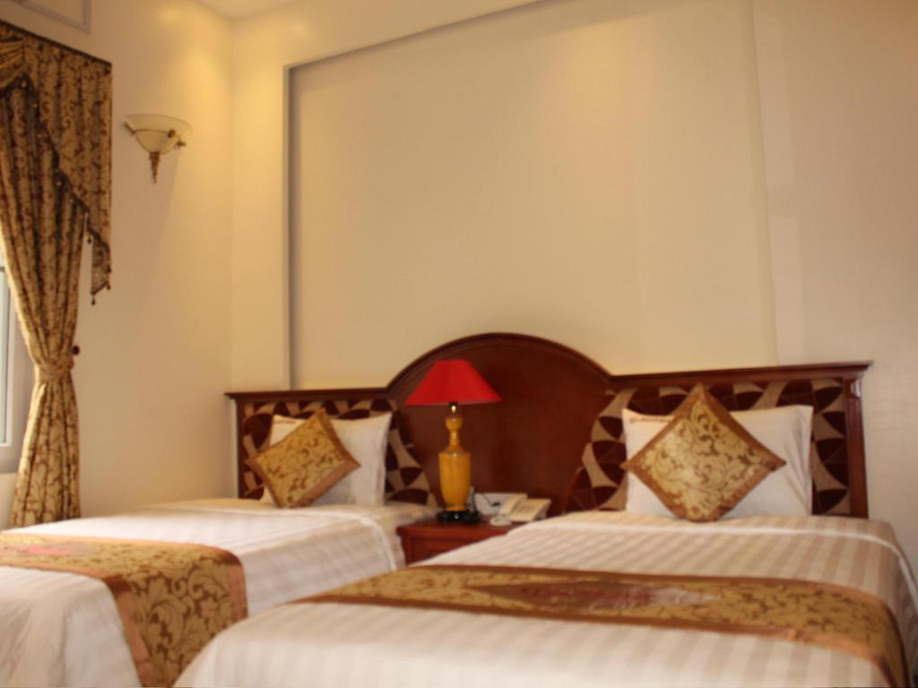 Standard Twin Room - Bed Starlight Hotel Halong