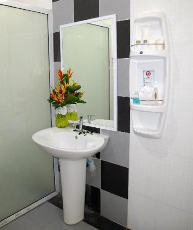 Bathroom Chawlay Resort