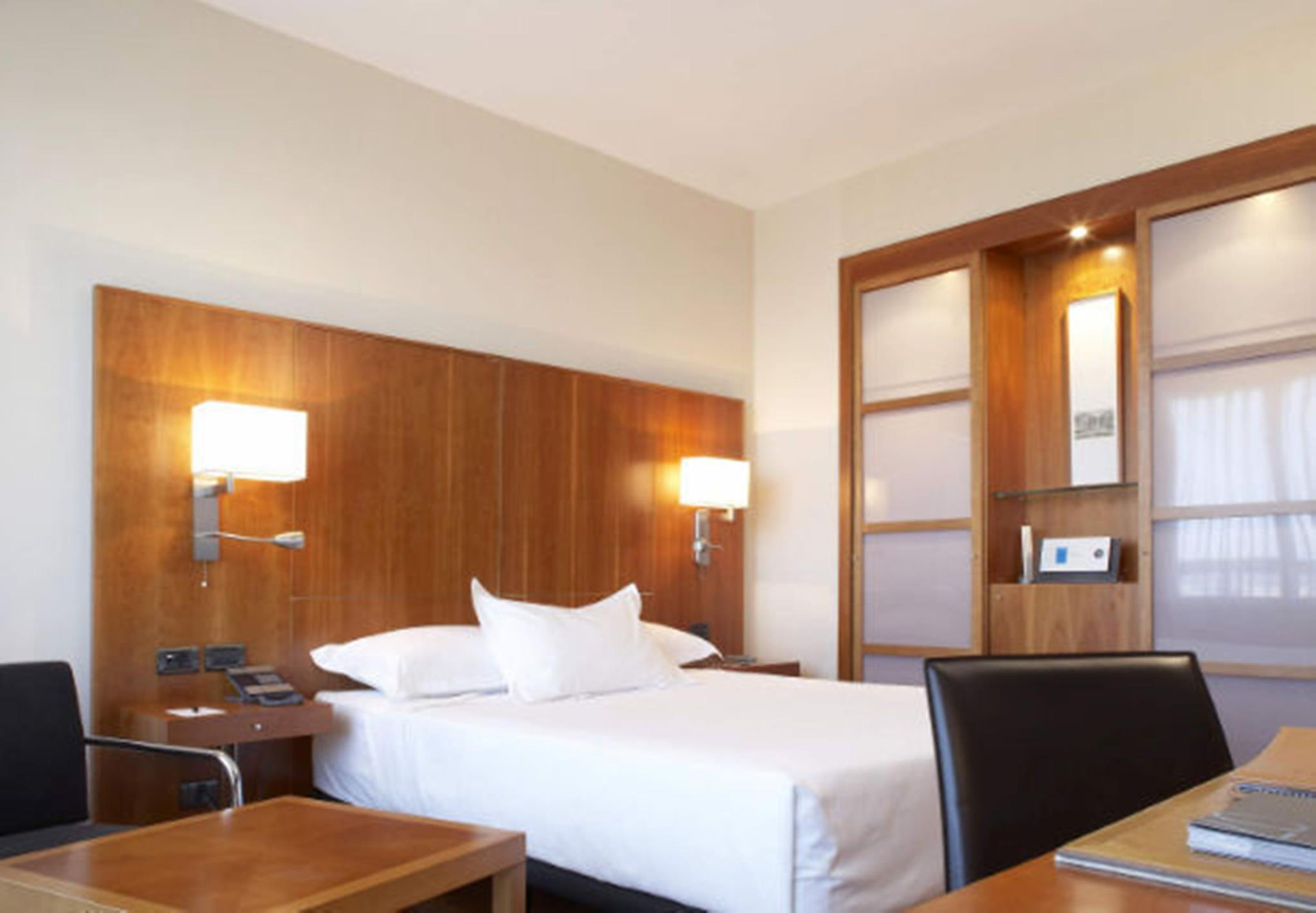 Standard Room, Guest room, 1 King or 2 Twin/Single Bed(s)