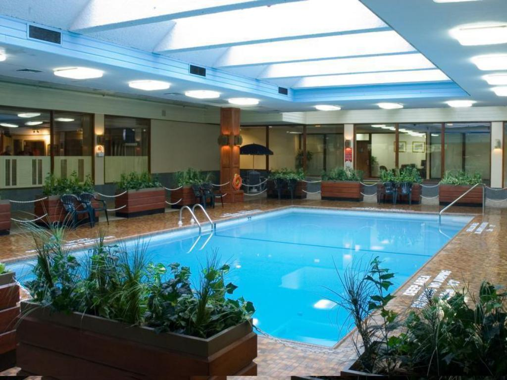 Best Price on Crowne Plaza Kitchener-Waterloo in Kitchener (ON) + ...