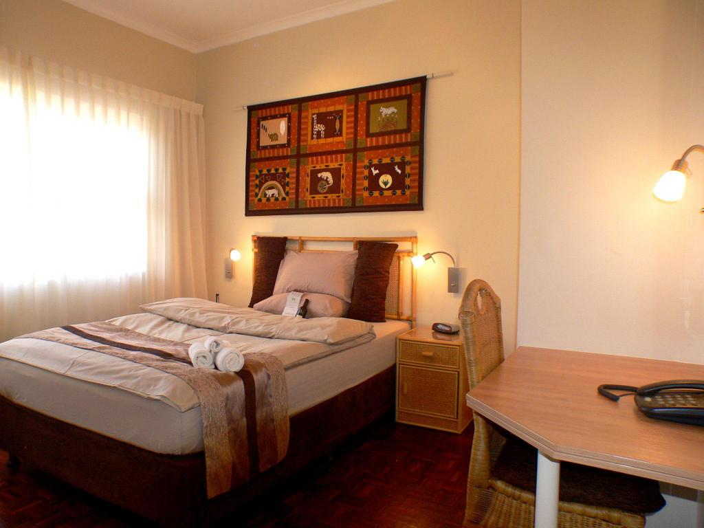 Classic Room Hajos Lodge and Tours