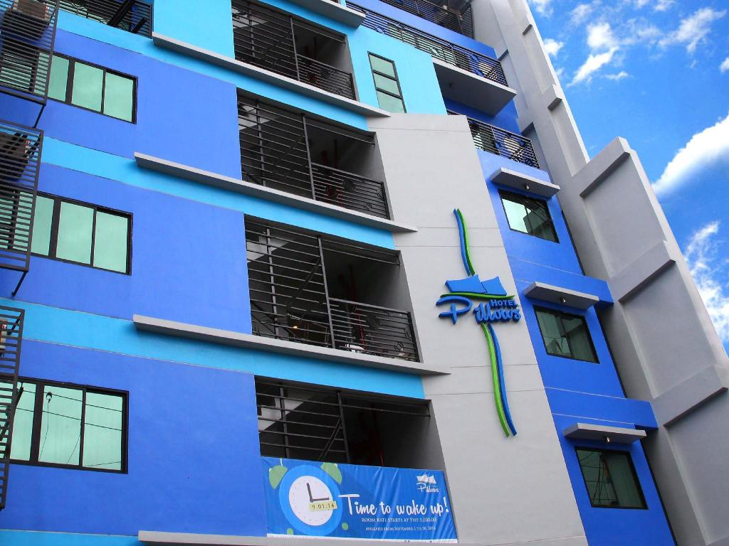 Exterior view Pillows Hotel Cebu
