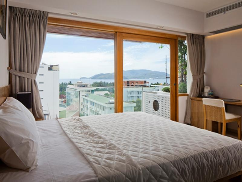 Deluxe Sea View Double Bed with Balcony