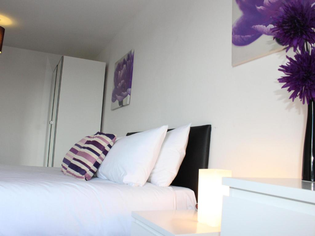 Cotels Serviced Apartments -The Pinnacle