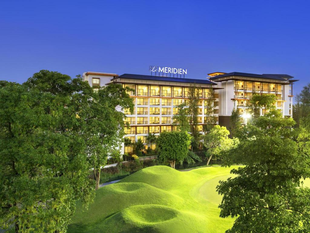Le Meridien Suvarnabhumi Bangkok Golf Resort and Spa