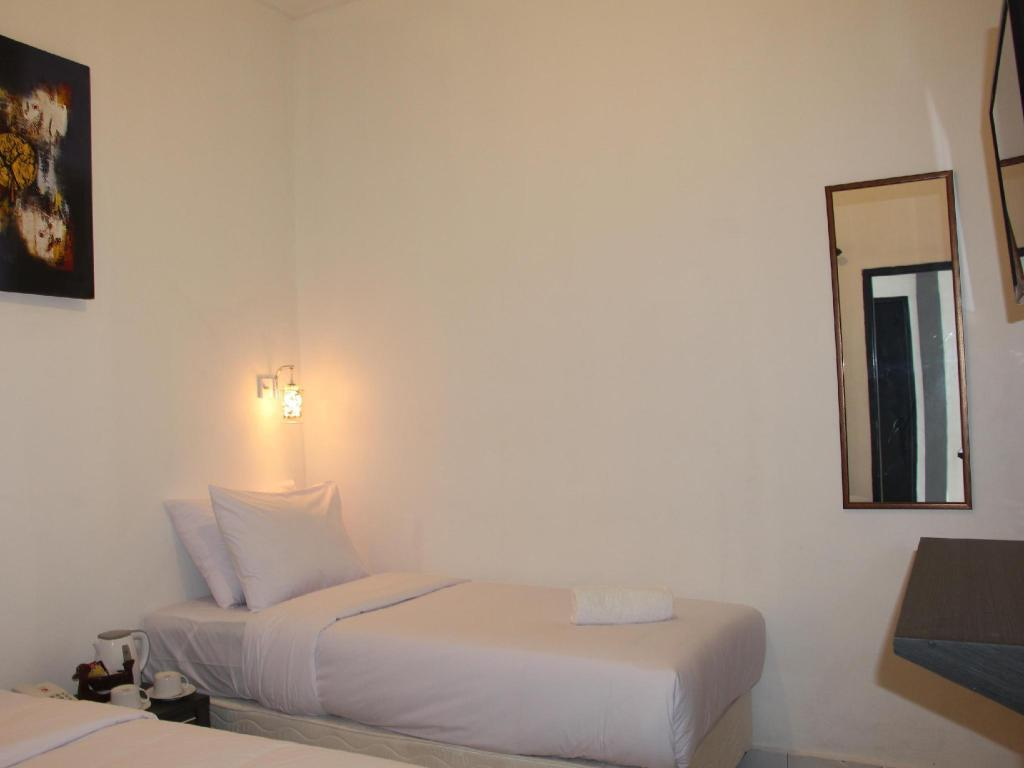 Guestroom Rabasta Beach Resort Kuta