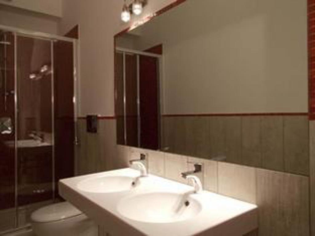 Bathroom Houspitality Nero B & B