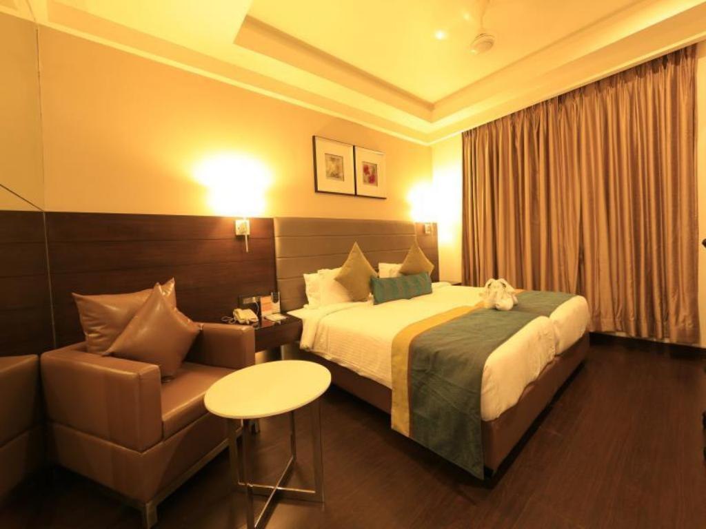 Rooms: Room Deals, Photos & Reviews