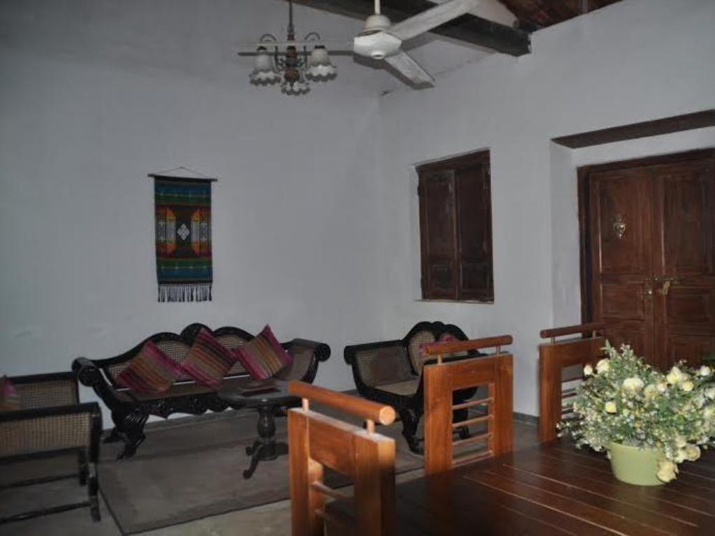 Best Price On Galle Fort Lion Dutch House In Reviews