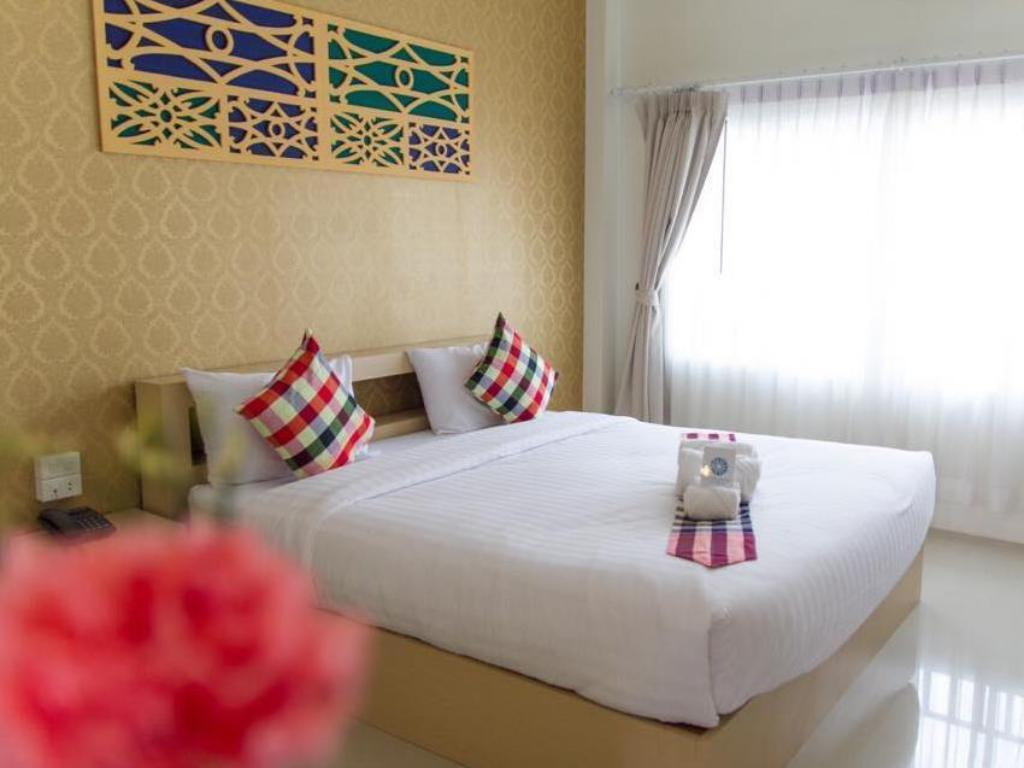 Standard Double Crystal Palace Hotel Nongkhai