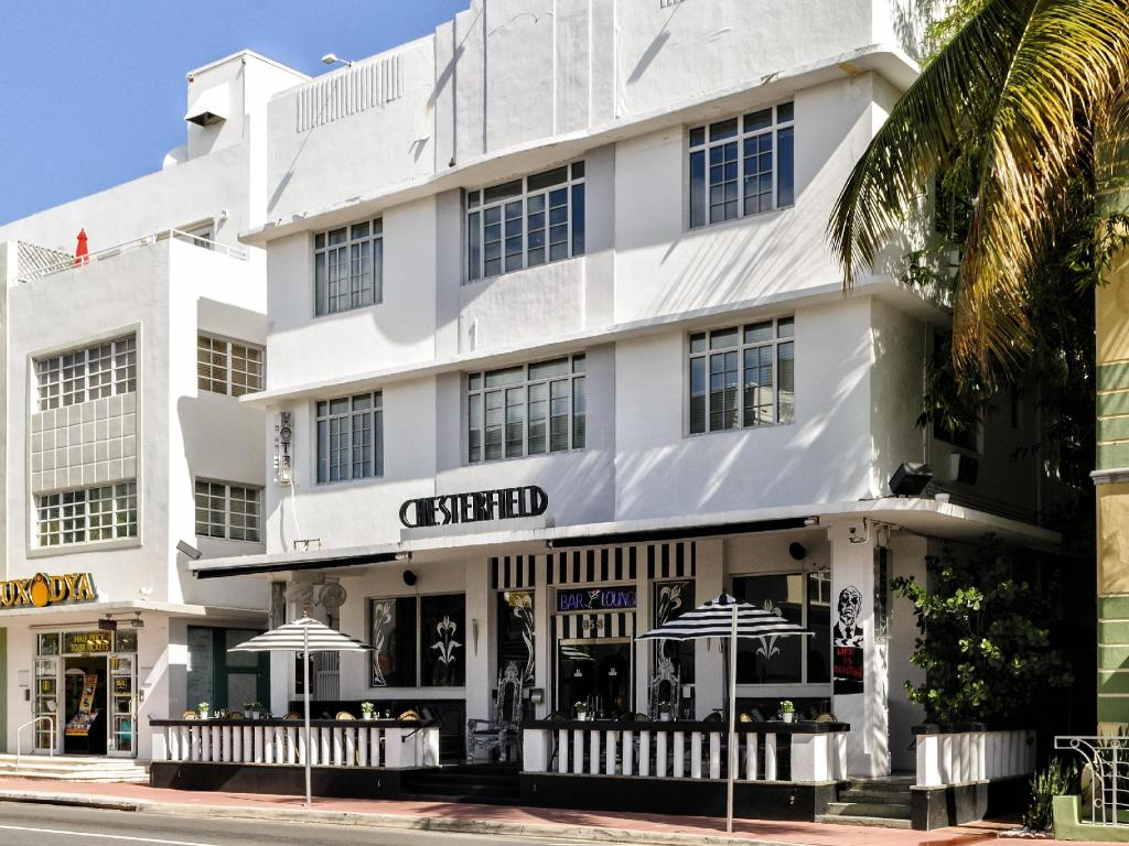Chesterfield Hotel And Suites South Beach Miami