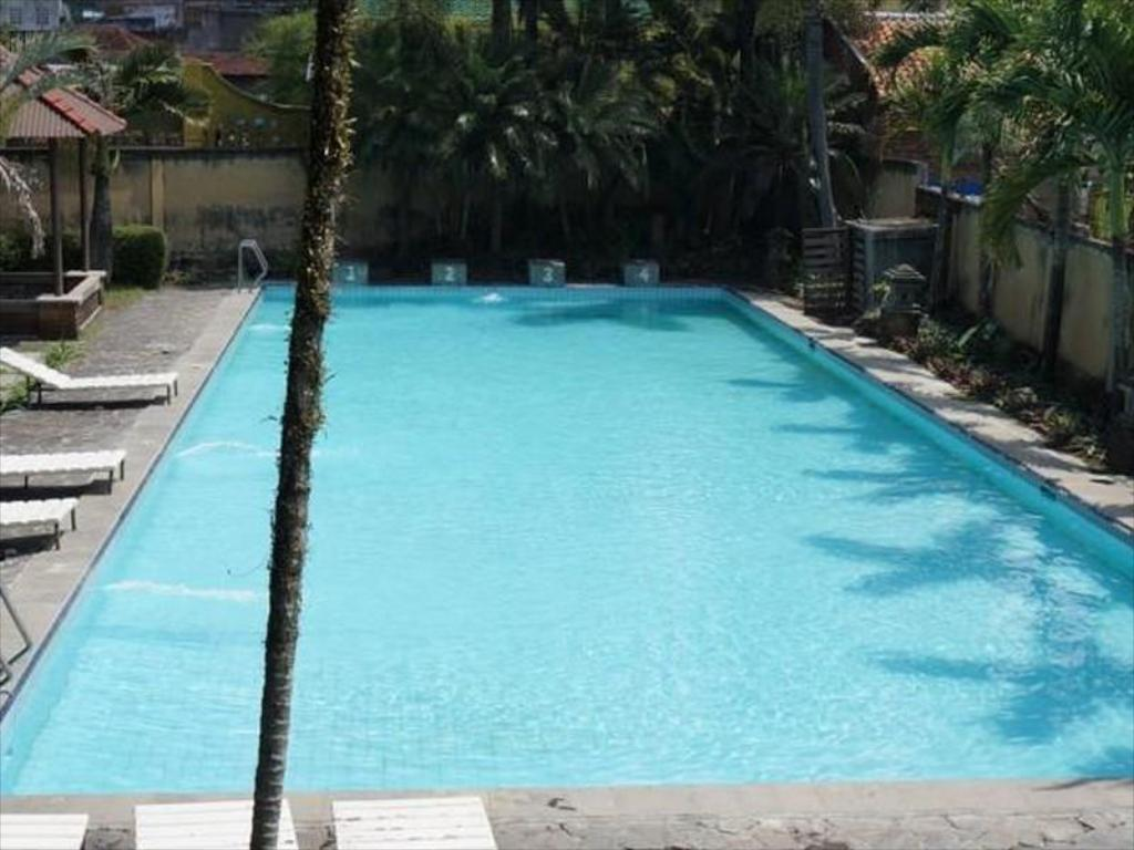 Hotel augusta garut in indonesia room deals photos - Laredo civic center swimming pool ...