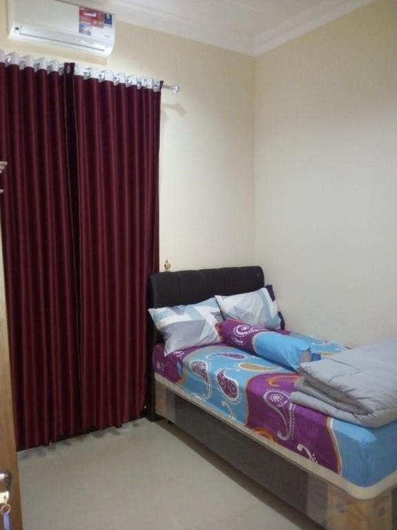 More about Kanoman Homestay
